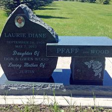 Beautiful & One-of-a-Kind Memorial Benches & Monubenches